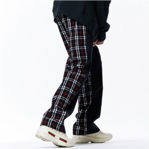 [OVERTHEONE][050] HLAF CHECK PATTERN BANDING PANTS (WHITE CHECK)